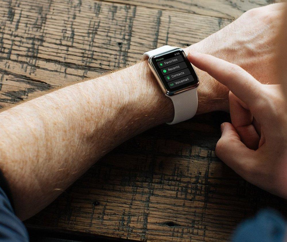 apple-watch-828891_1920.max-1000x1000.jpg