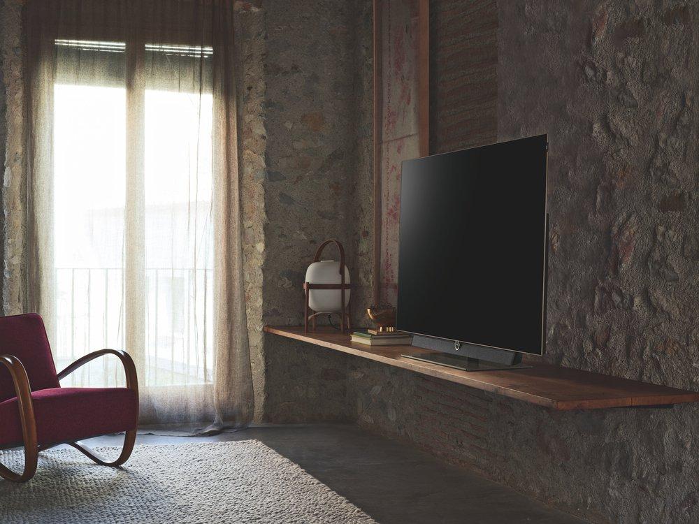 Fernseher Wand