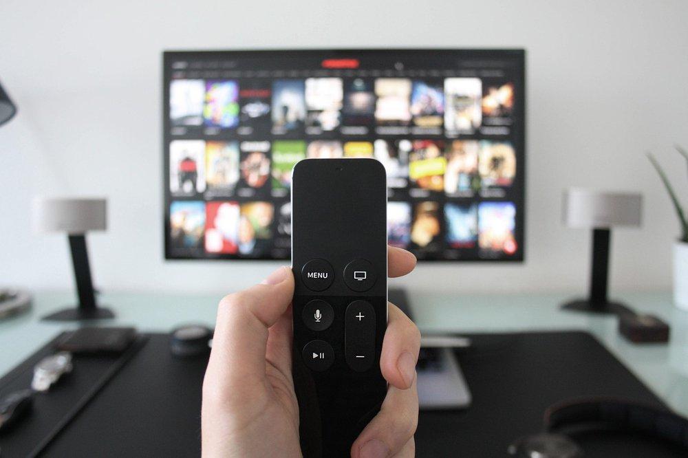 Fernseher befestigen